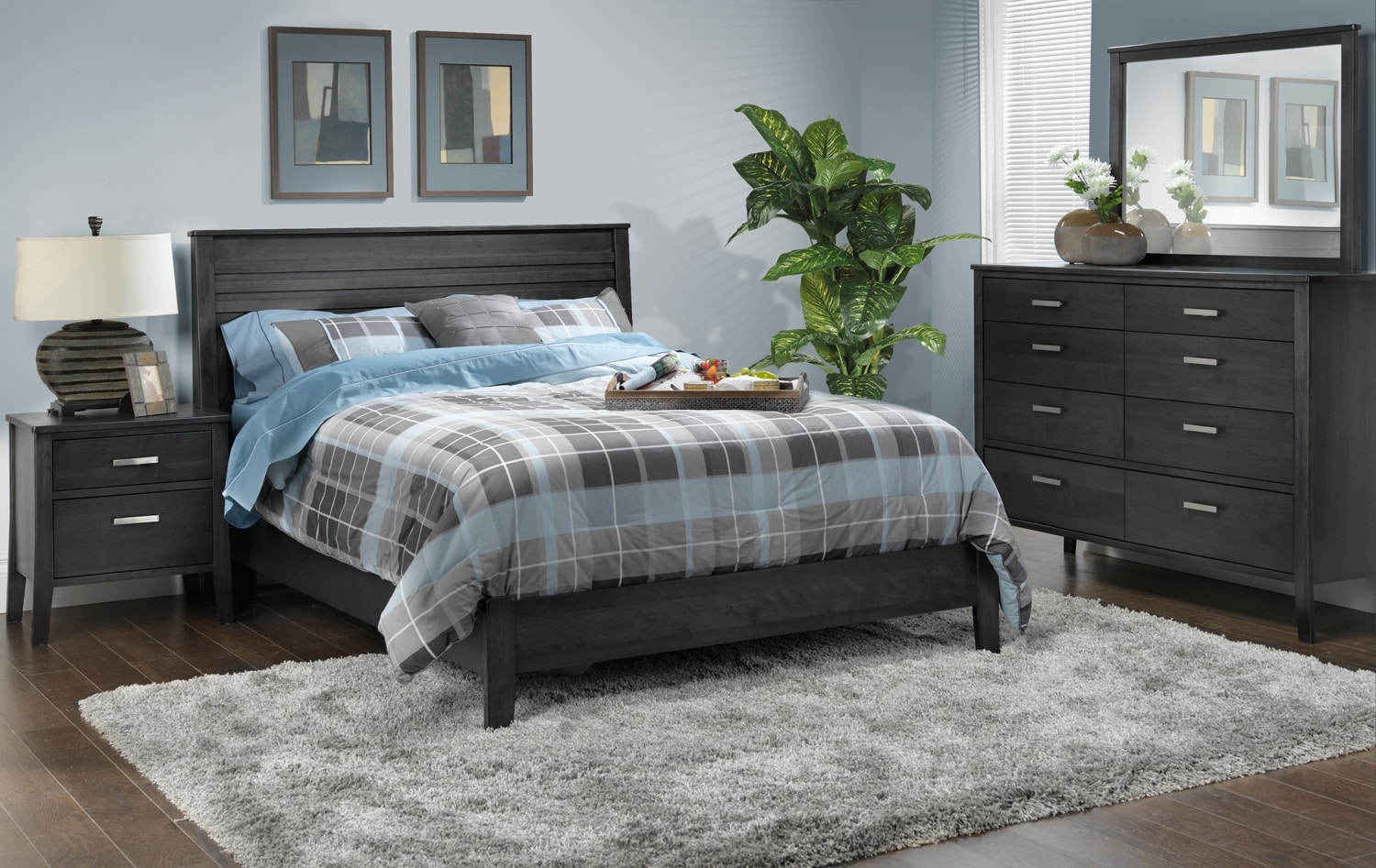 Yorkville 5 piece queen bedroom set charcoal leon 39 s for Queen furniture set