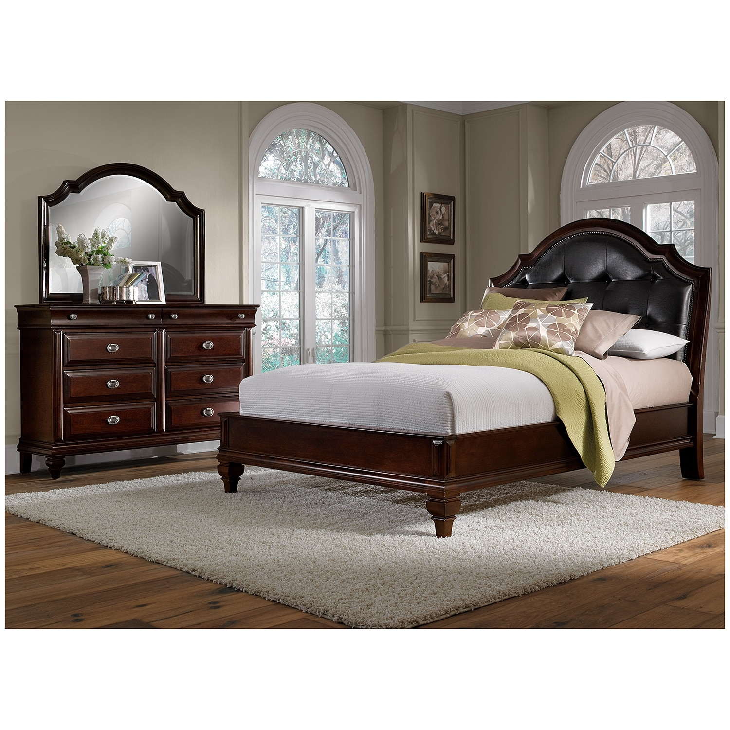 Manhattan 5 piece queen bedroom set cherry value city for Furniture bedroom