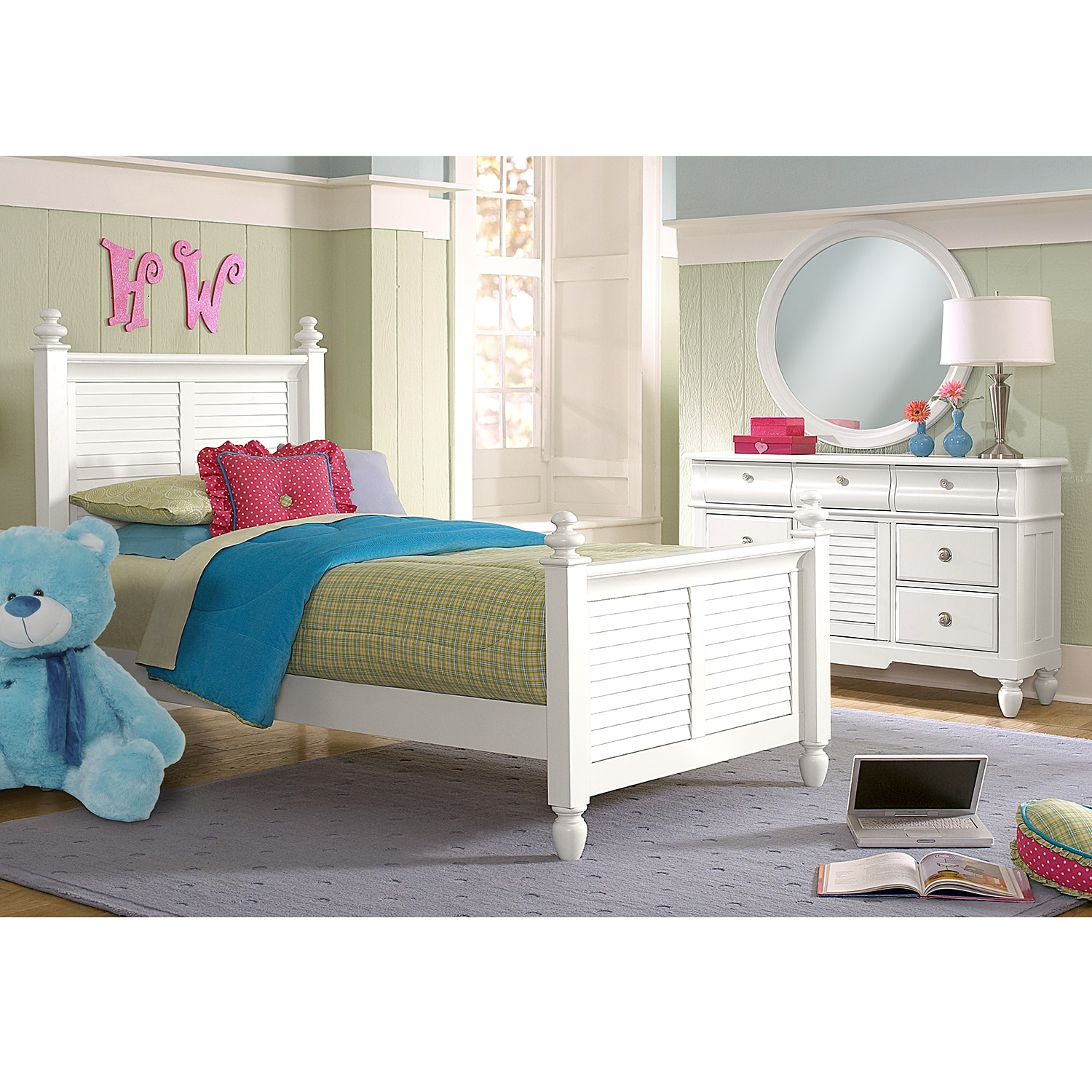 Seaside 6 Piece Full Bedroom Set With Trundle White