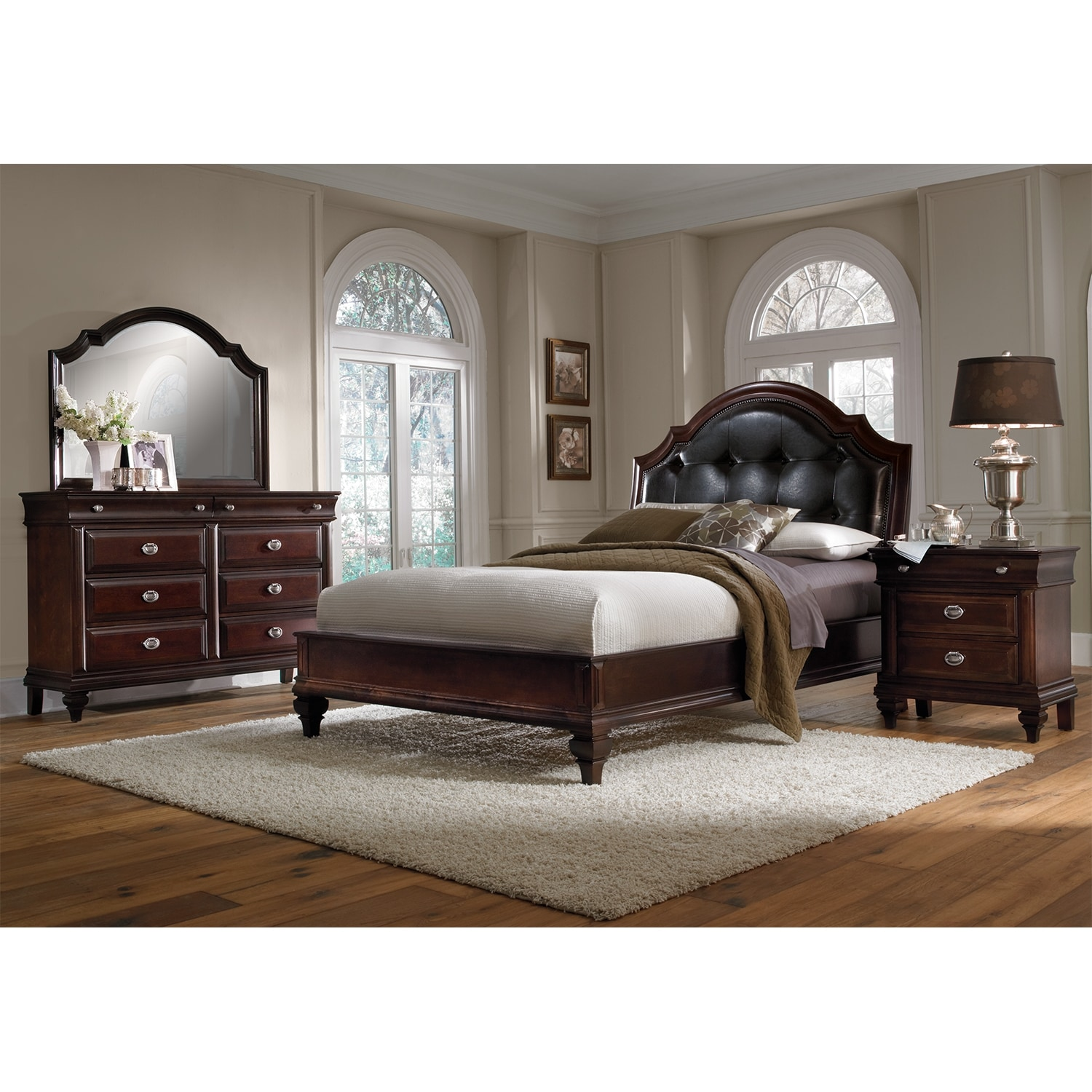 manhattan 6 piece queen bedroom set cherry value city furniture. Black Bedroom Furniture Sets. Home Design Ideas