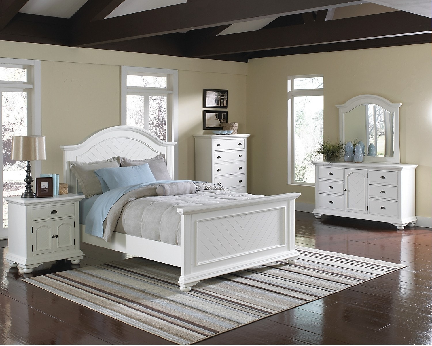 Bedroom Furniture - Brook Off-White 6-Piece Queen Bedroom Package