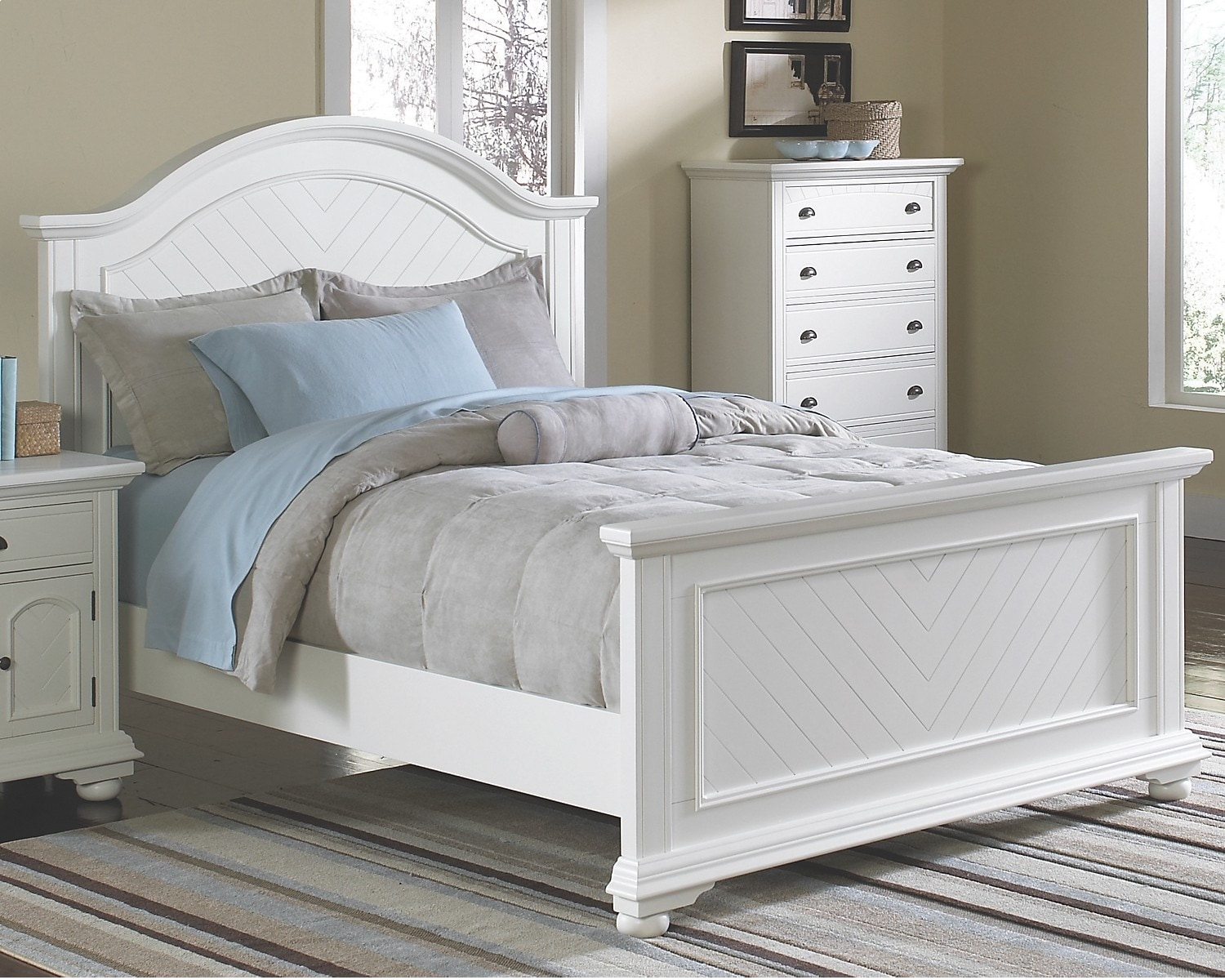 Brook Off-White Finish King Panel Bed