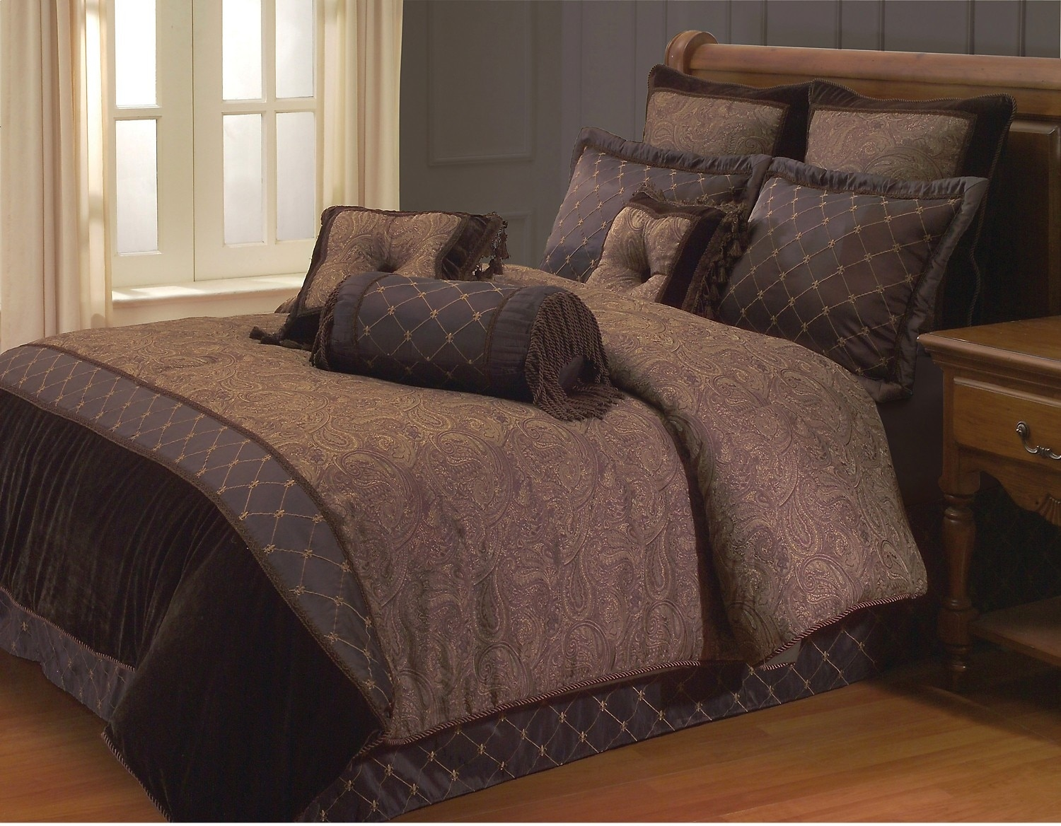 Opulent Paisley 9-Piece Queen Comforter Set – Brown