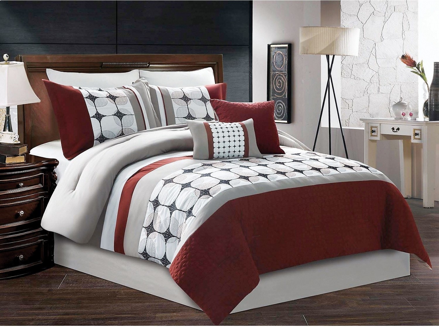 Accent and Occasional Furniture - Dayton 8-Piece Queen Comforter Set