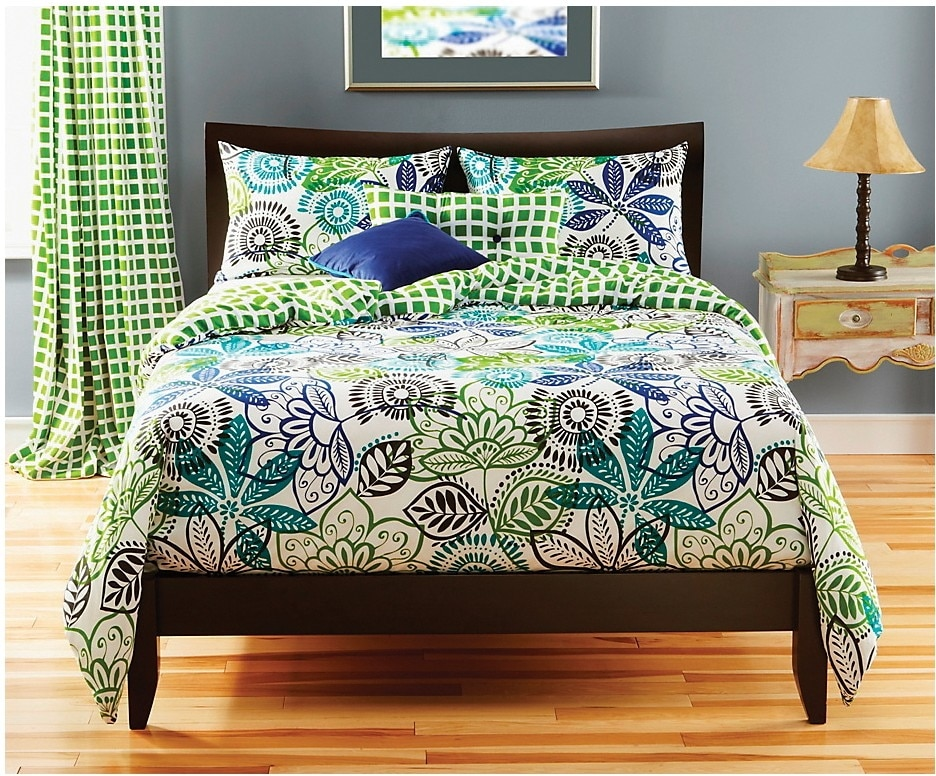 Accent and Occasional Furniture - Bali Reversible 4 Piece Full Duvet Cover Set