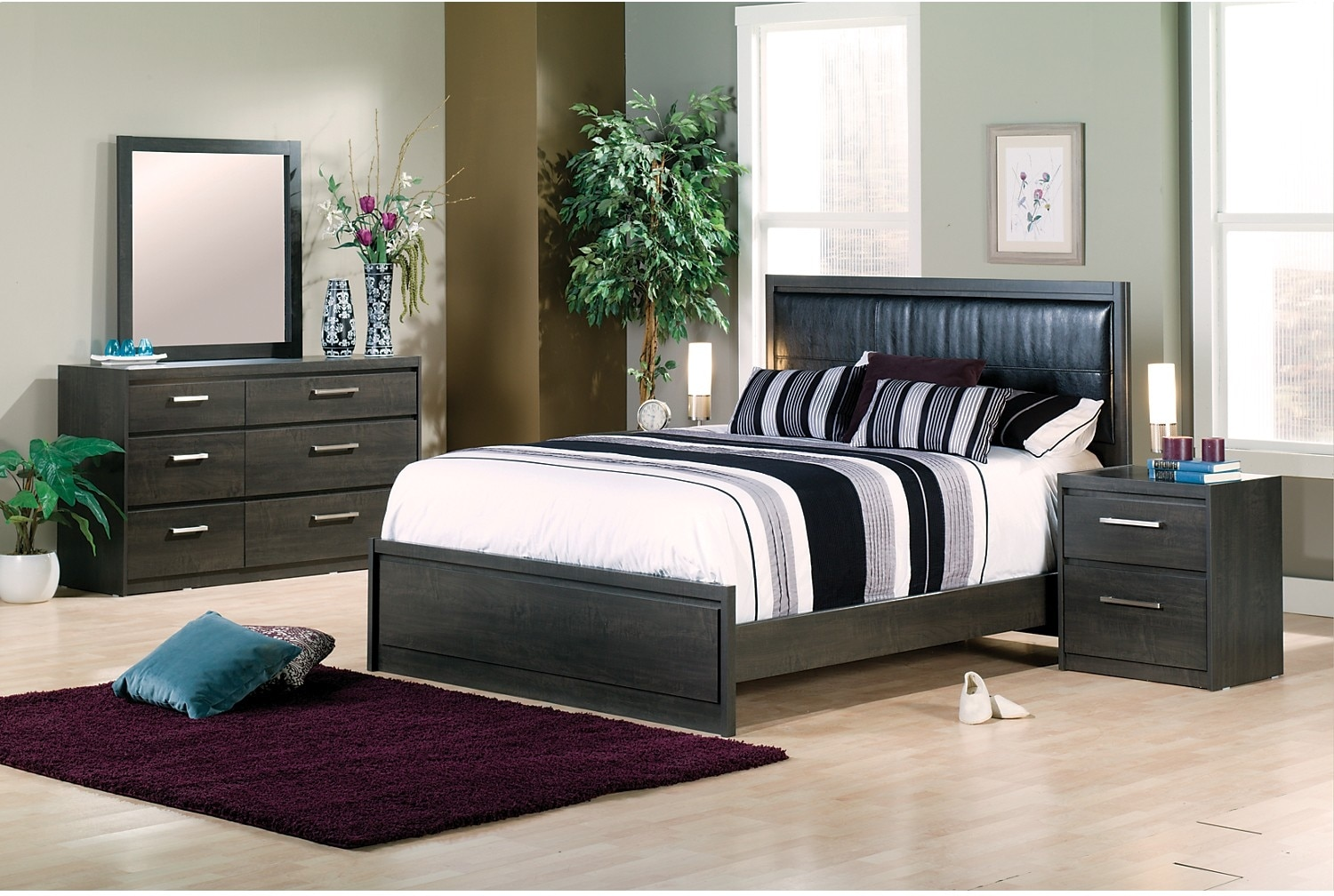 Bedroom Furniture - Tyler 5-Piece Queen Bedroom Package
