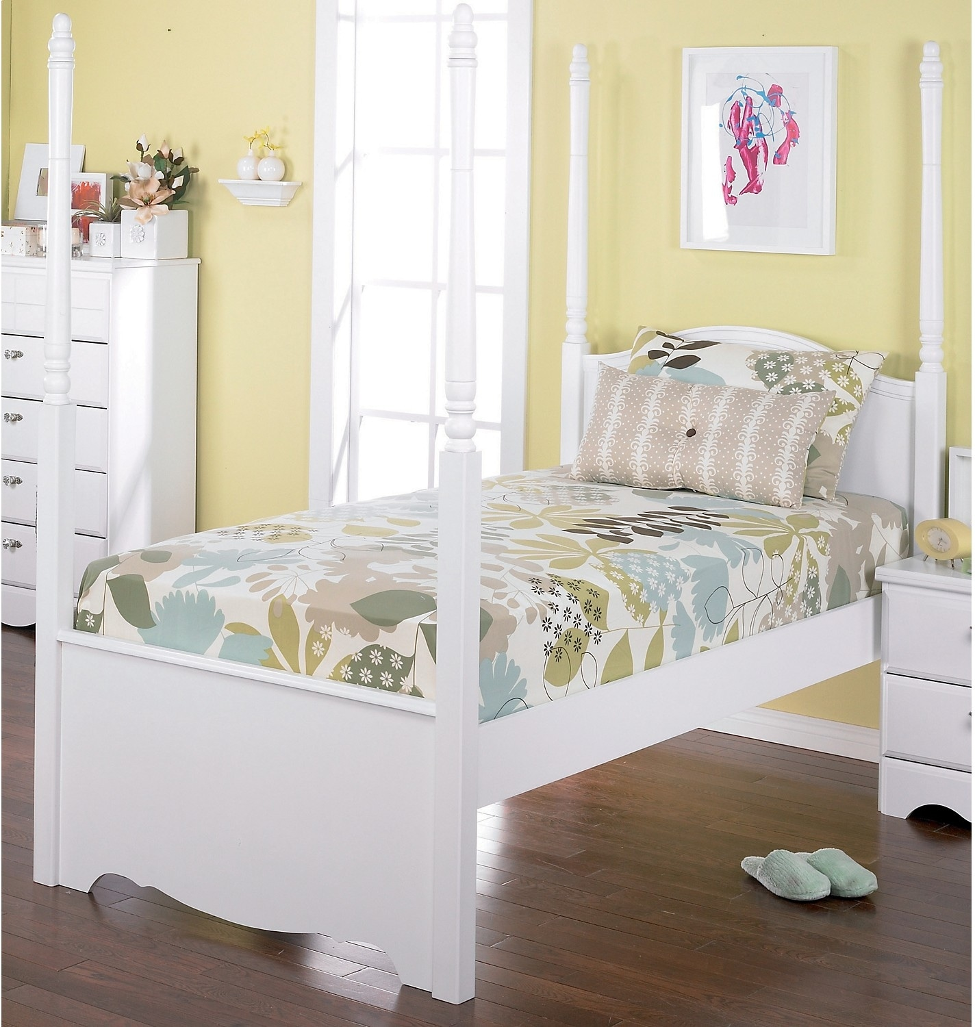 Kids Furniture - Diamond Dreams Twin Canopy Bed