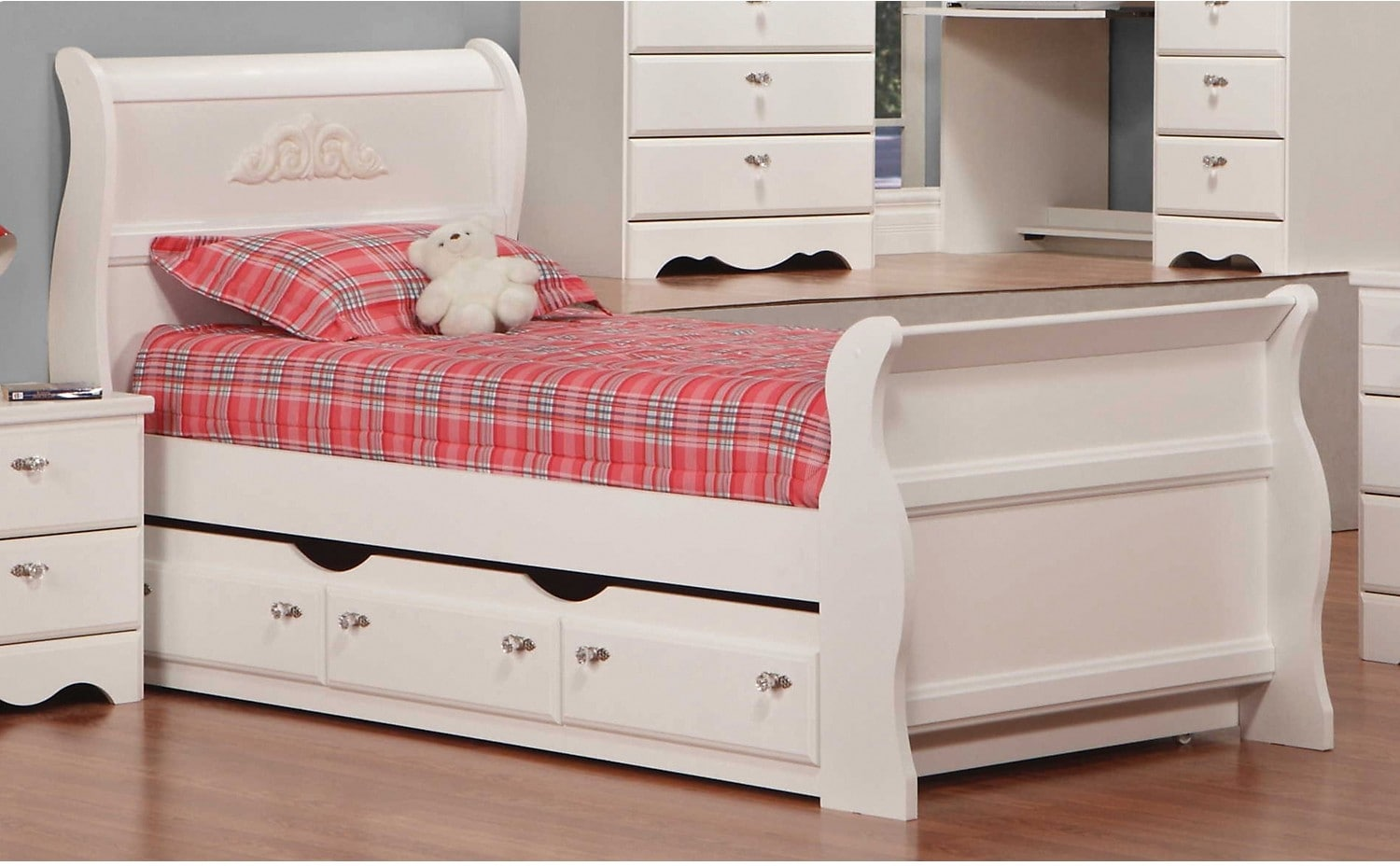 Diamond Dreams Twin Sleigh Bed w/Trundle