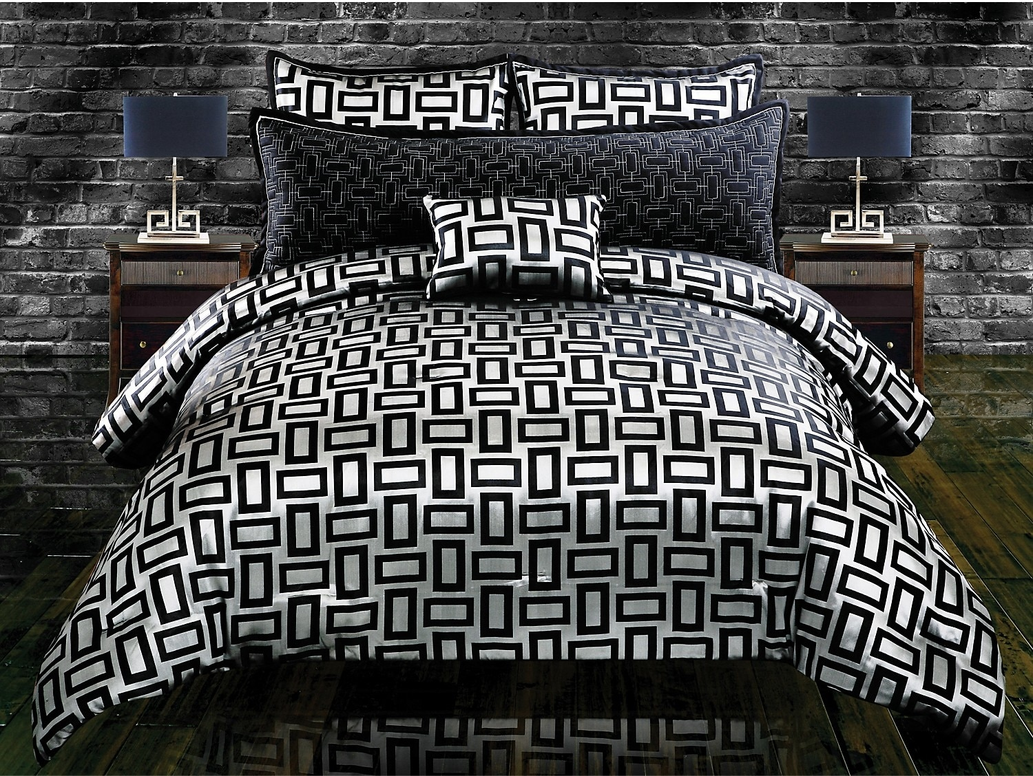 Mattresses and Bedding - Kate 5 Piece Queen Comforter Set - Black and Silver