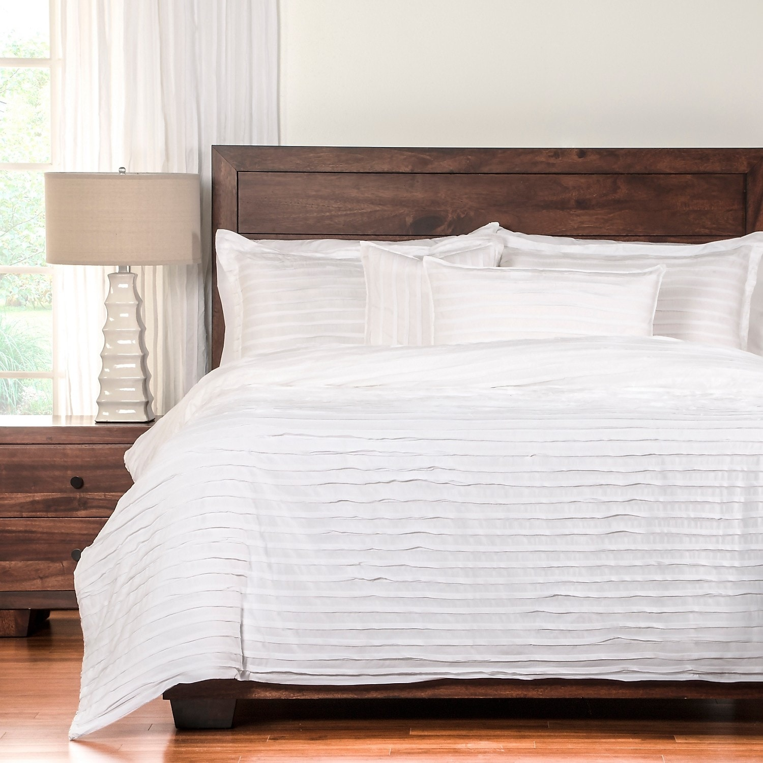 Accent and Occasional Furniture - Tattered 4-Piece Queen Duvet Cover Set – White