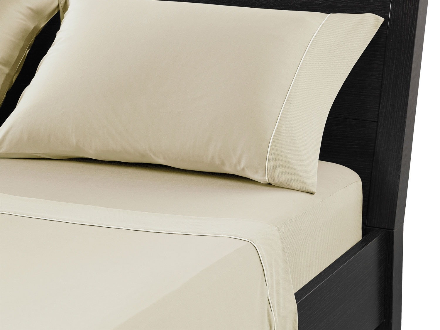 Mattresses and Bedding - Bedgear™ Dri-Tec® Queen Sheet Set – Champagne