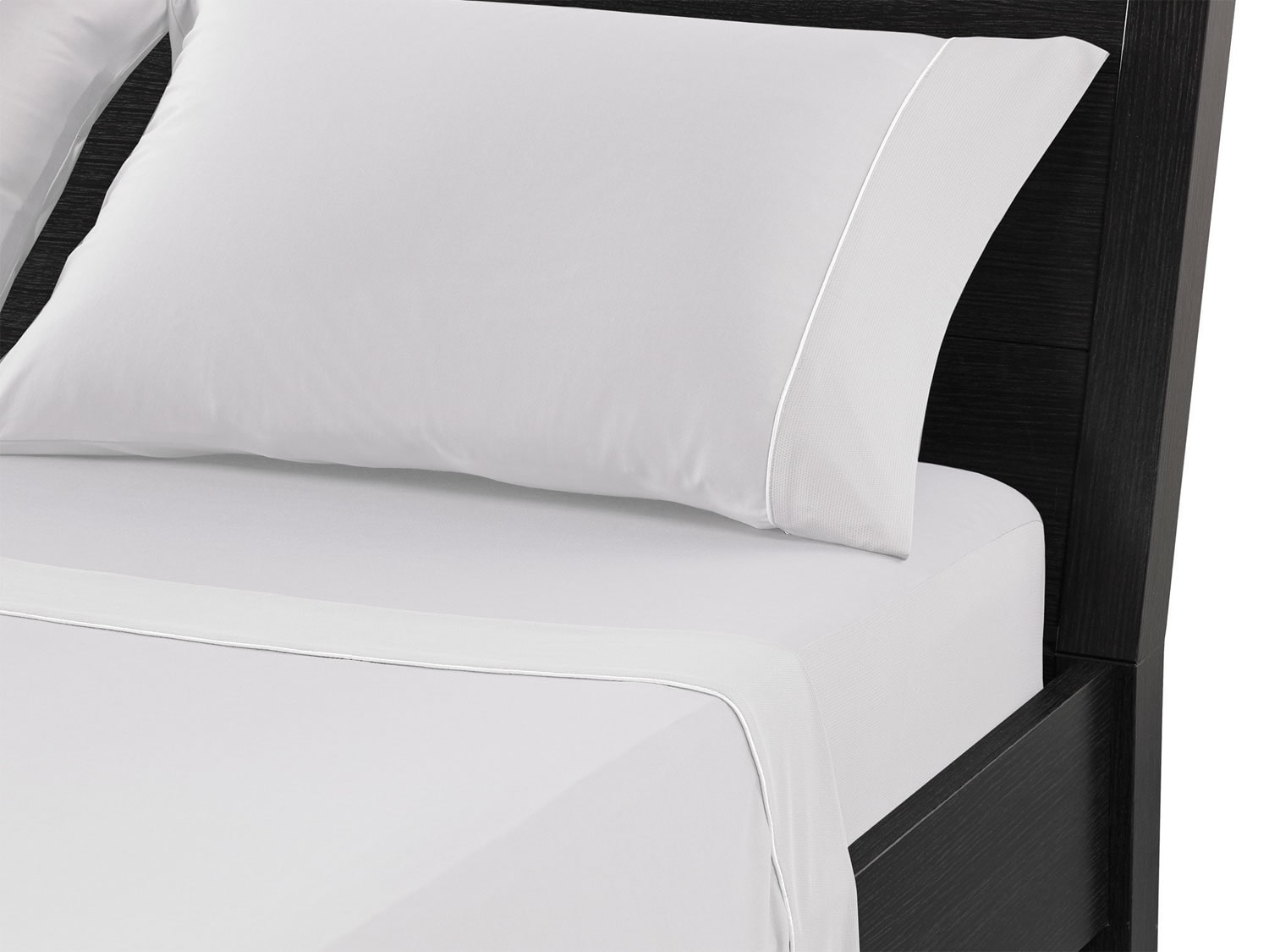 Mattresses and Bedding - Bedgear™ Dri-Tec® Queen Sheet Set – White