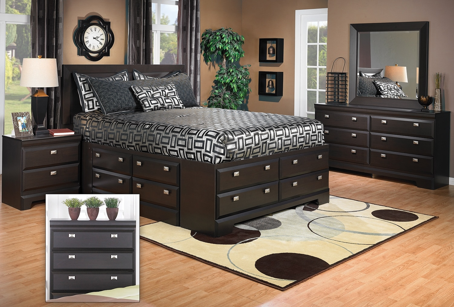 Yorkdale 8-Piece Full Storage Bedroom Package