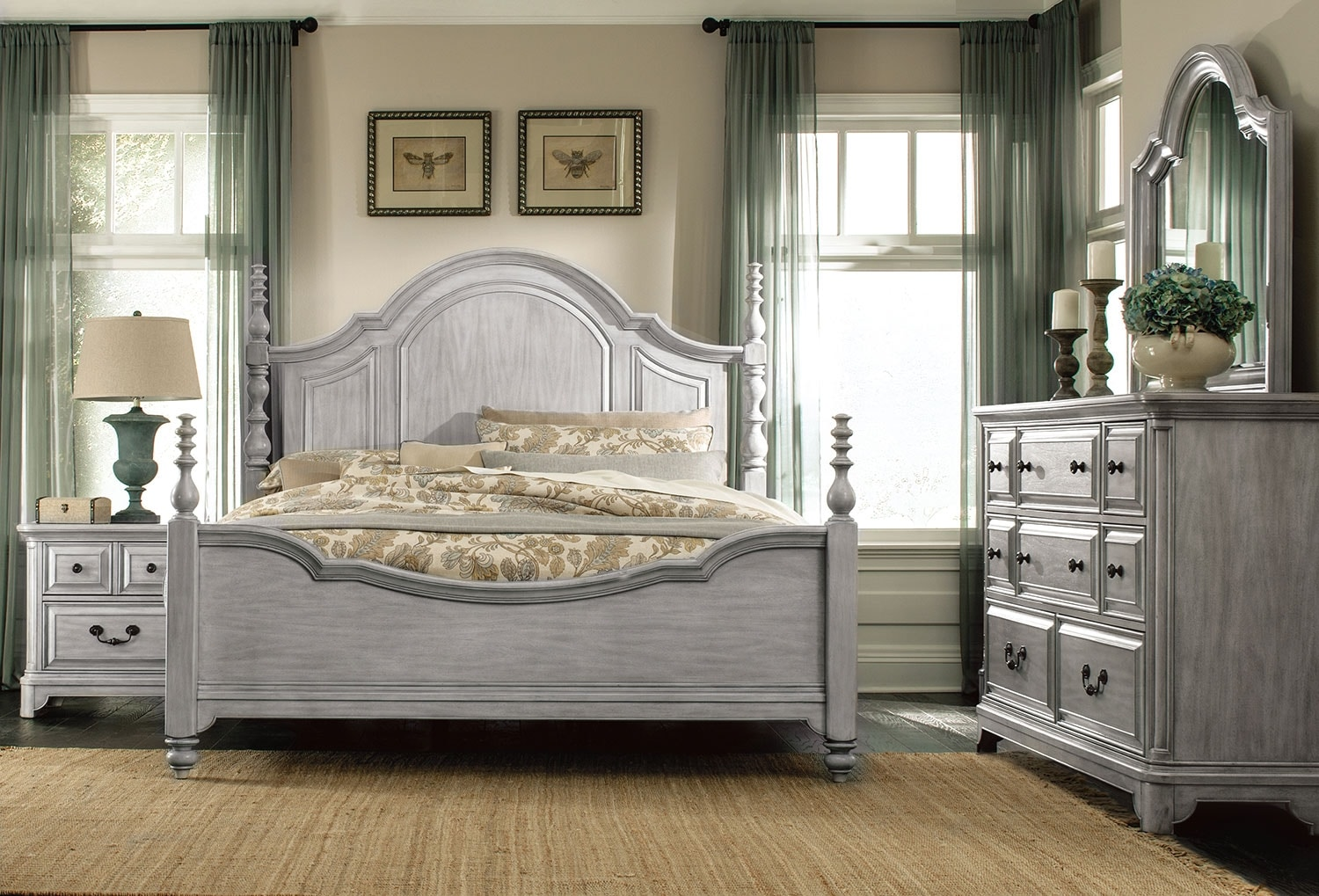 Tressa 5 piece king bedroom set weathered grey leon 39 s for Gray bedroom furniture sets