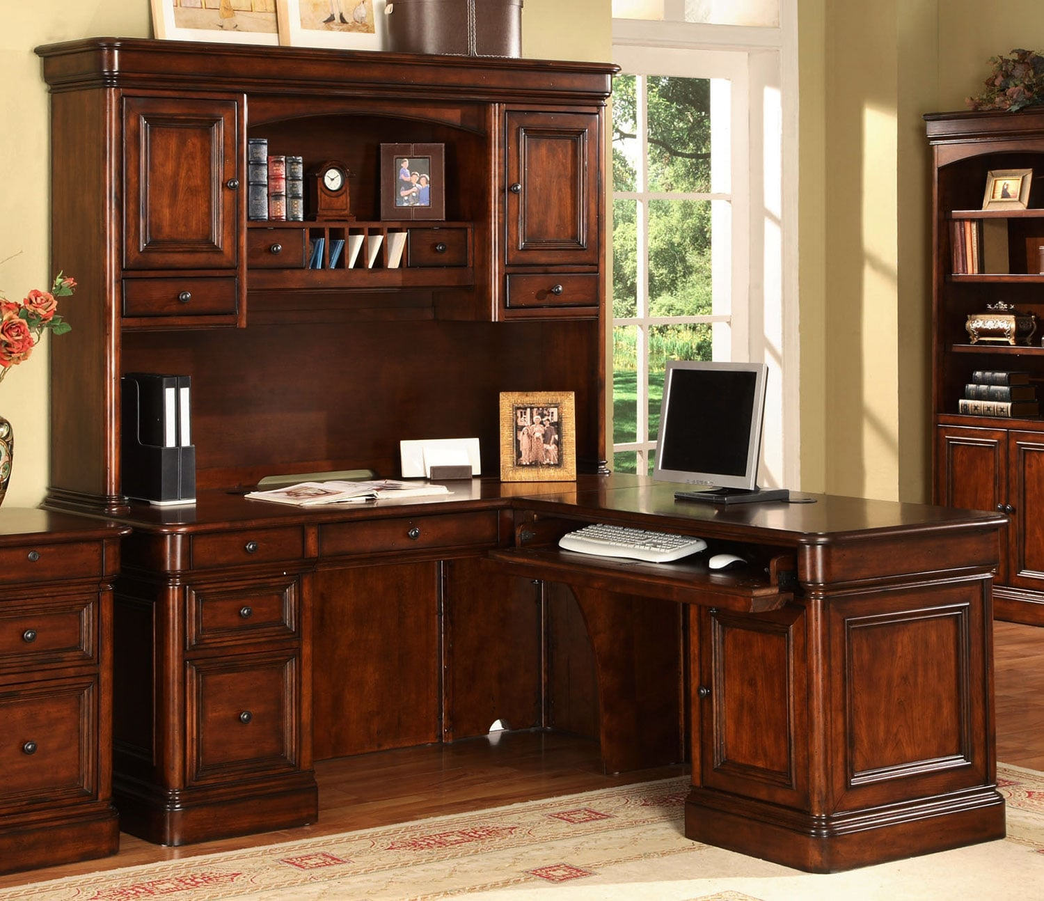 Villa Toscana 5-Piece Corner Desk w/ Hutch - Brown Cherry