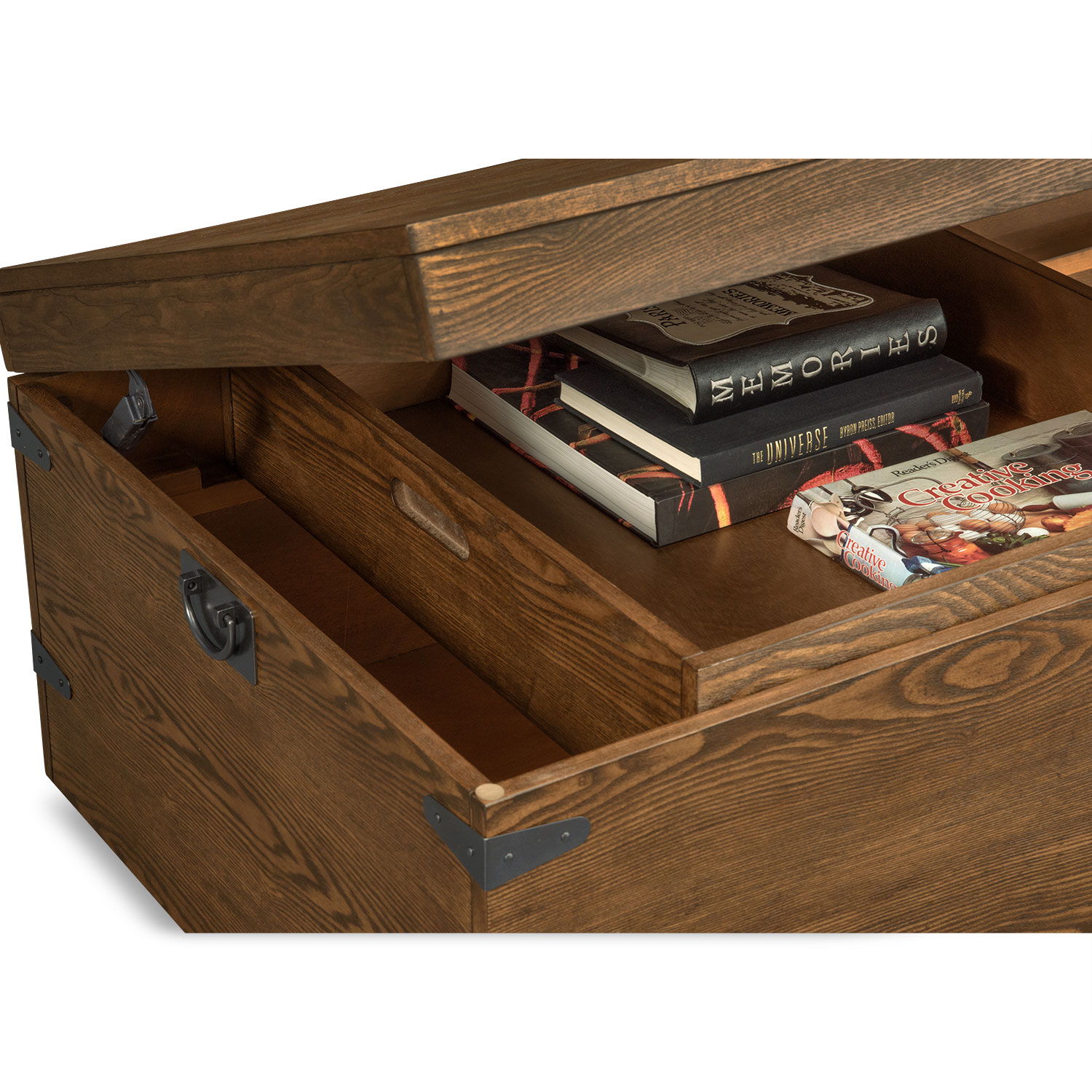 Shipyard Trunk Cocktail Table Nutmeg Value City Furniture