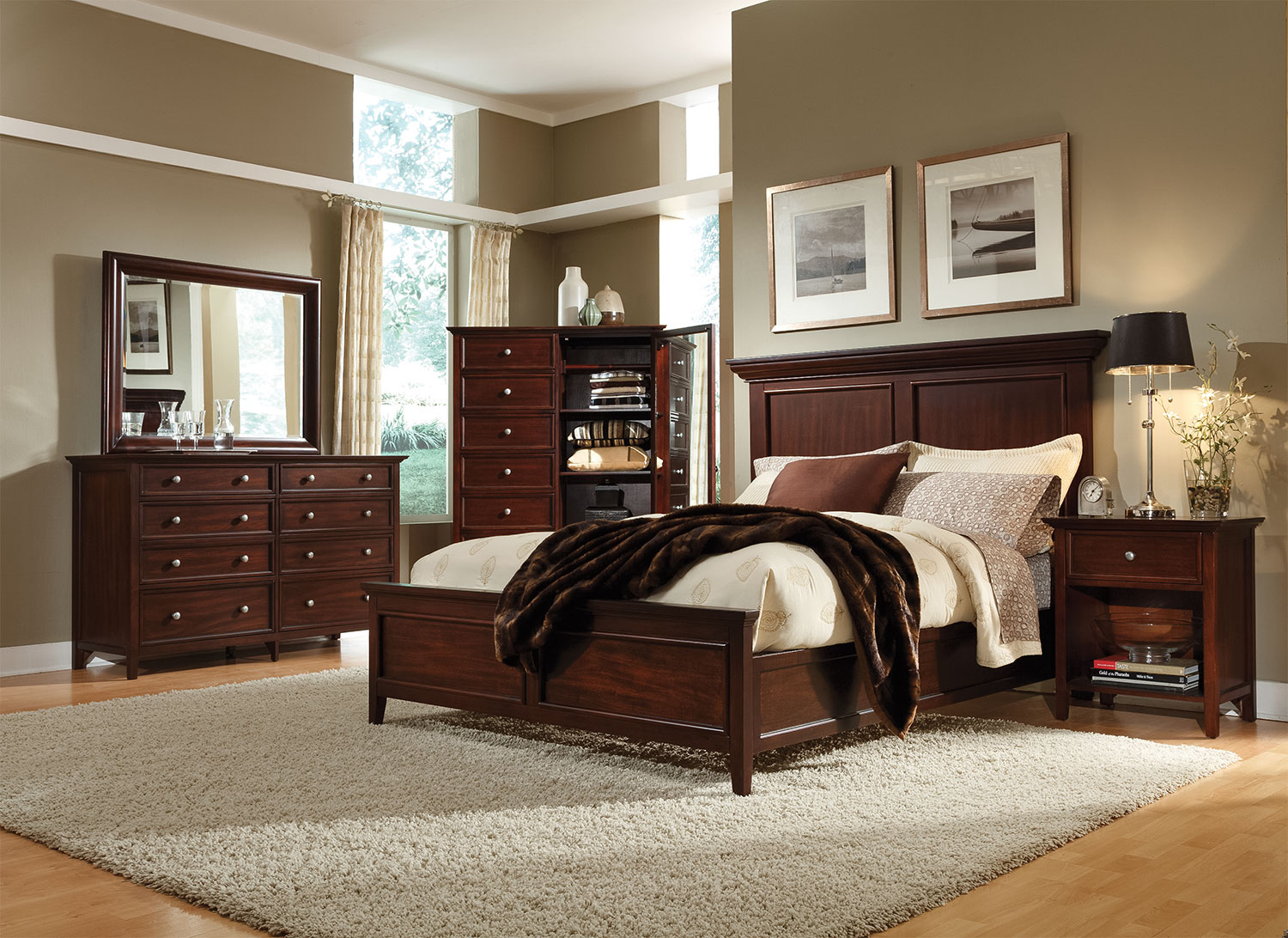 Ellsworth 4-Piece Queen Bedroom Set - Cherry