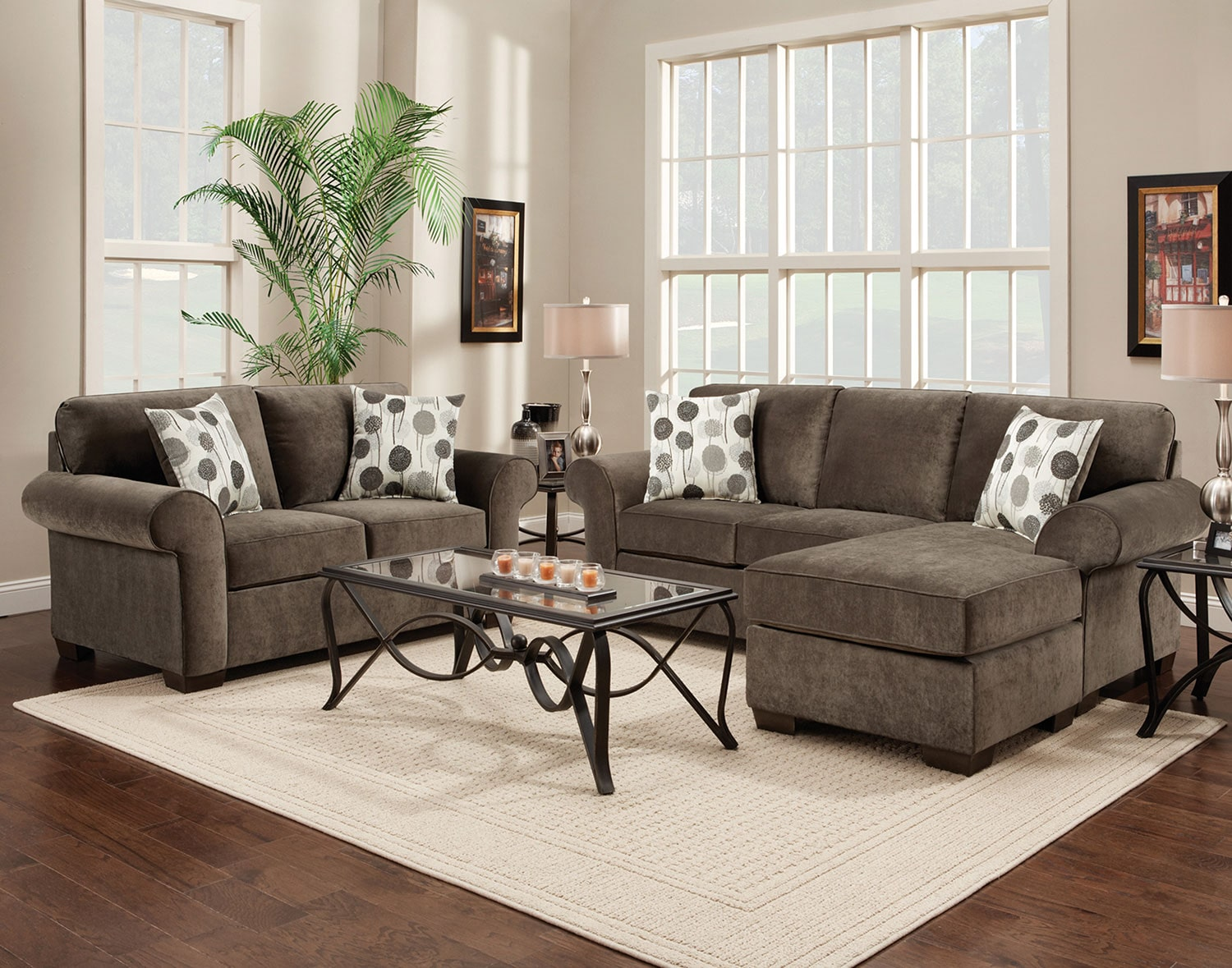 The Roseville Collection