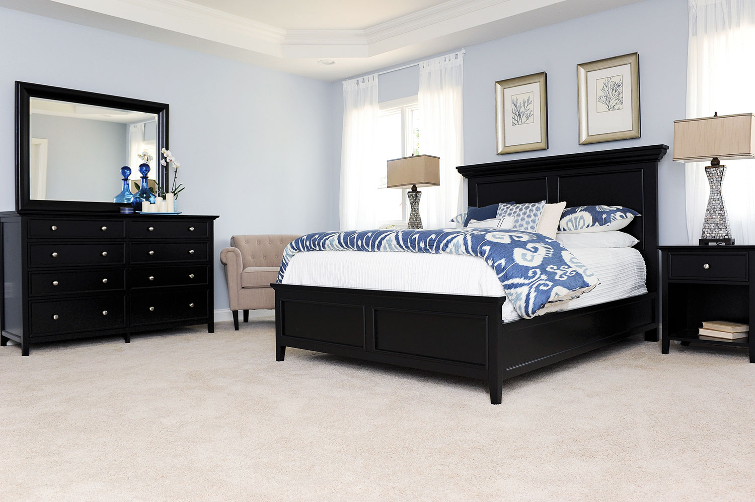 Bedroom Furniture - Ellsworth 4-Piece King Bedroom Set - Black