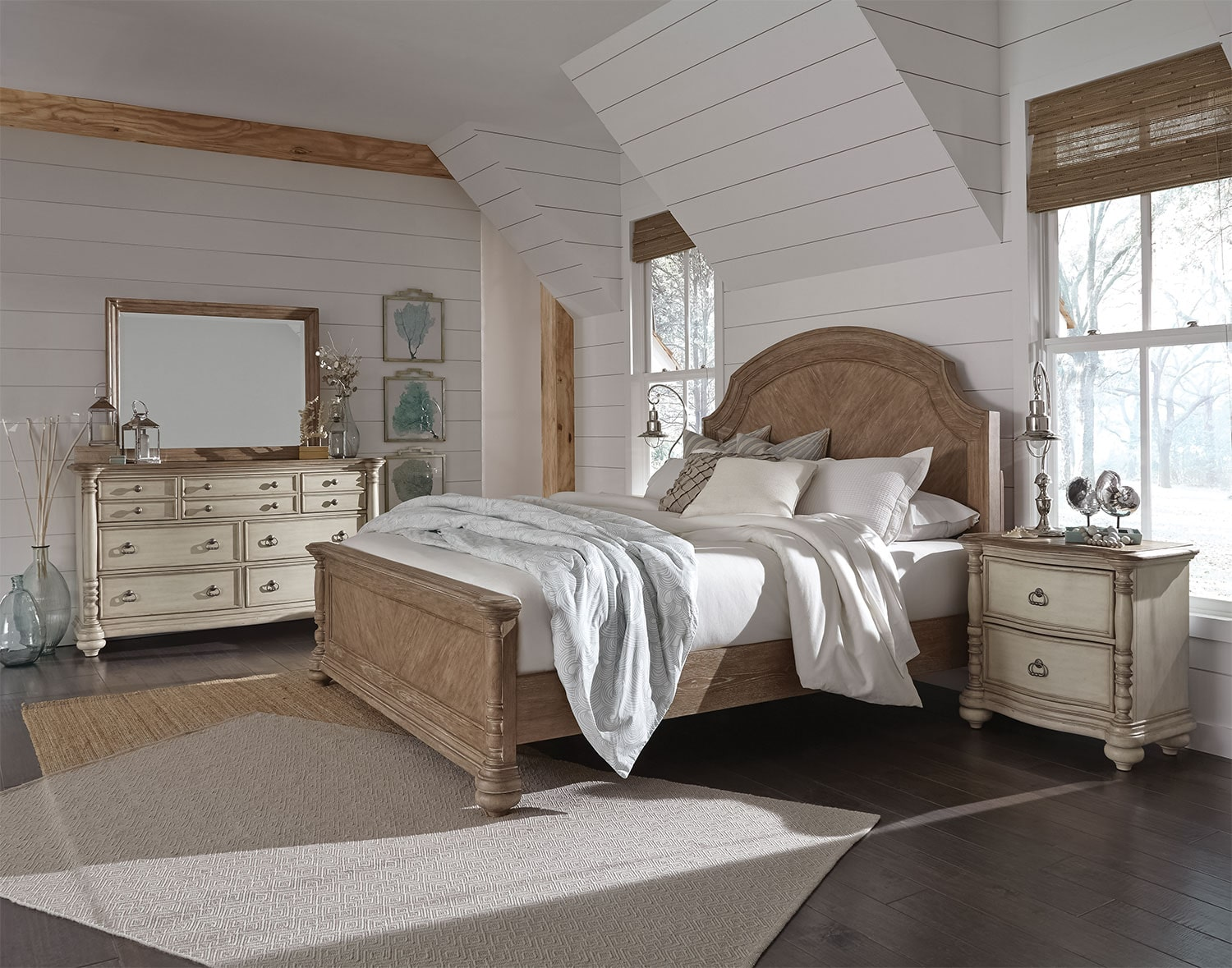 Willow Springs 4-Piece King Bedroom Set - Pecan and Cream