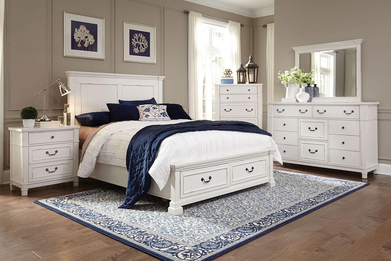Taryn 4 piece queen storage bedroom set antique white for White bedroom set with storage