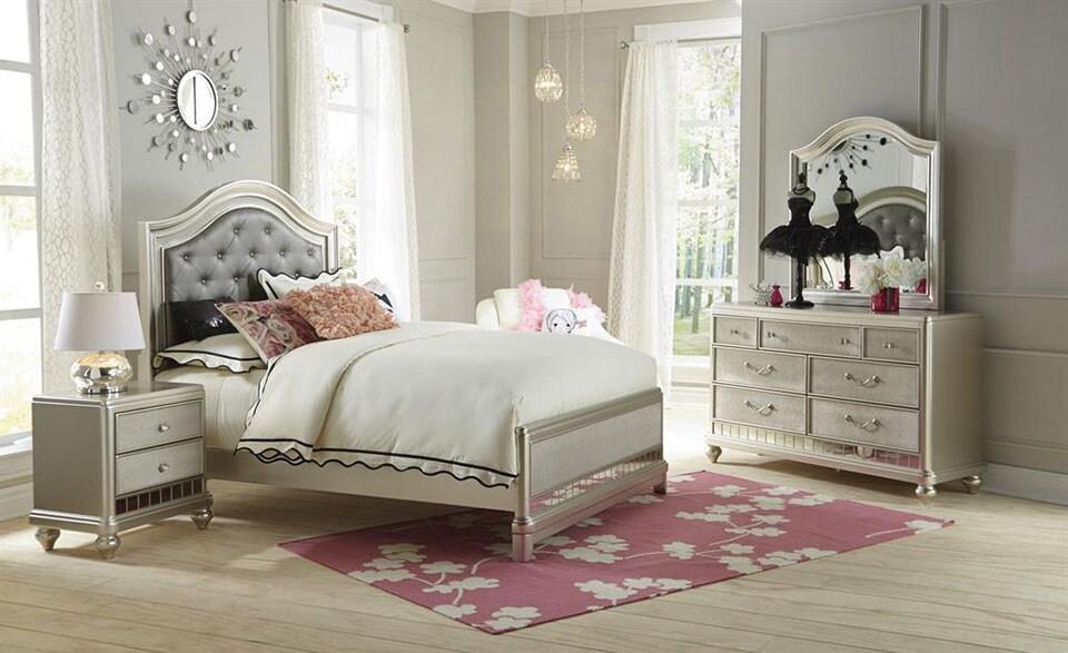 Lil' Posh 4-Piece Full Bedroom Set - Platinum