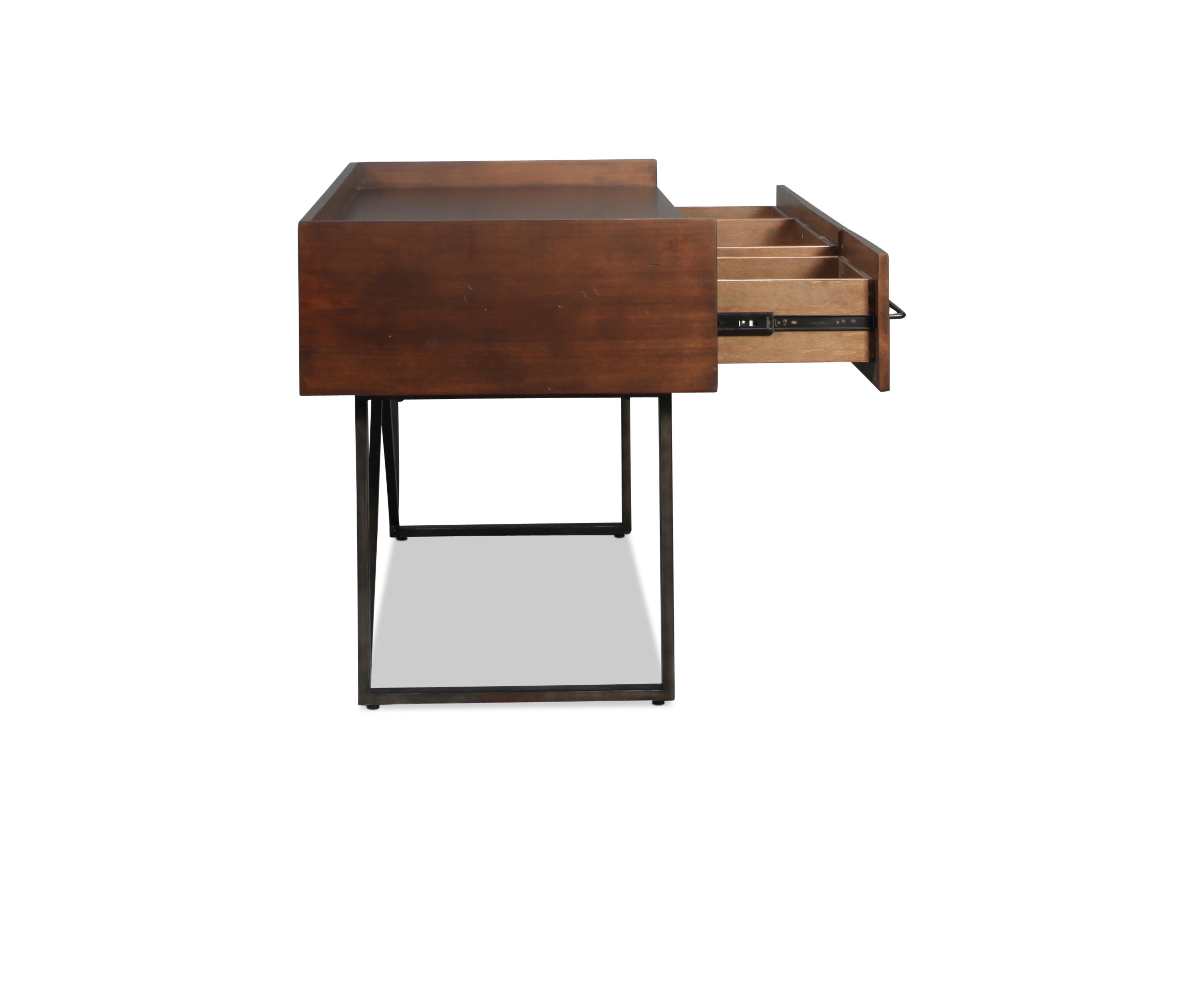 Chatswin Desk Levin Furniture