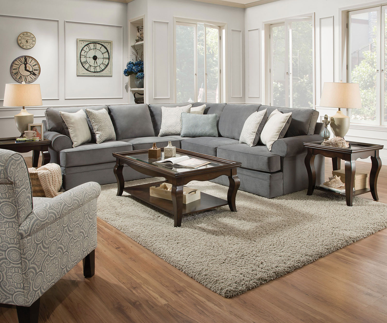 Nyos 2-Piece Sectional - Gray