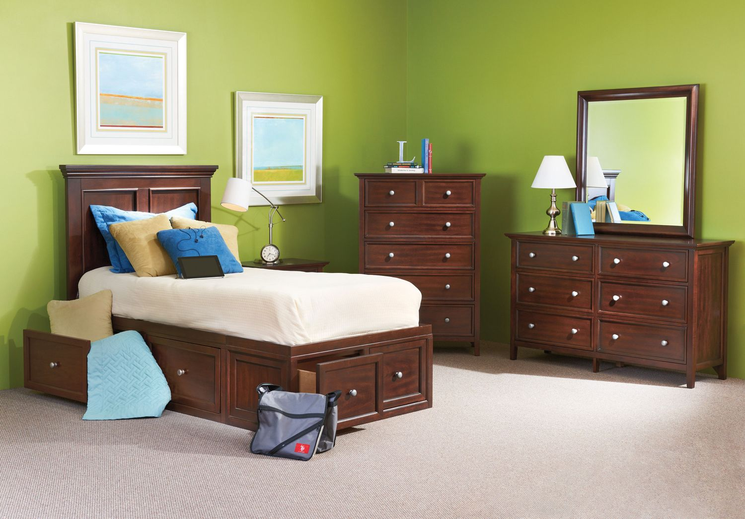 The Ellsworth Youth Collection - Mahogany
