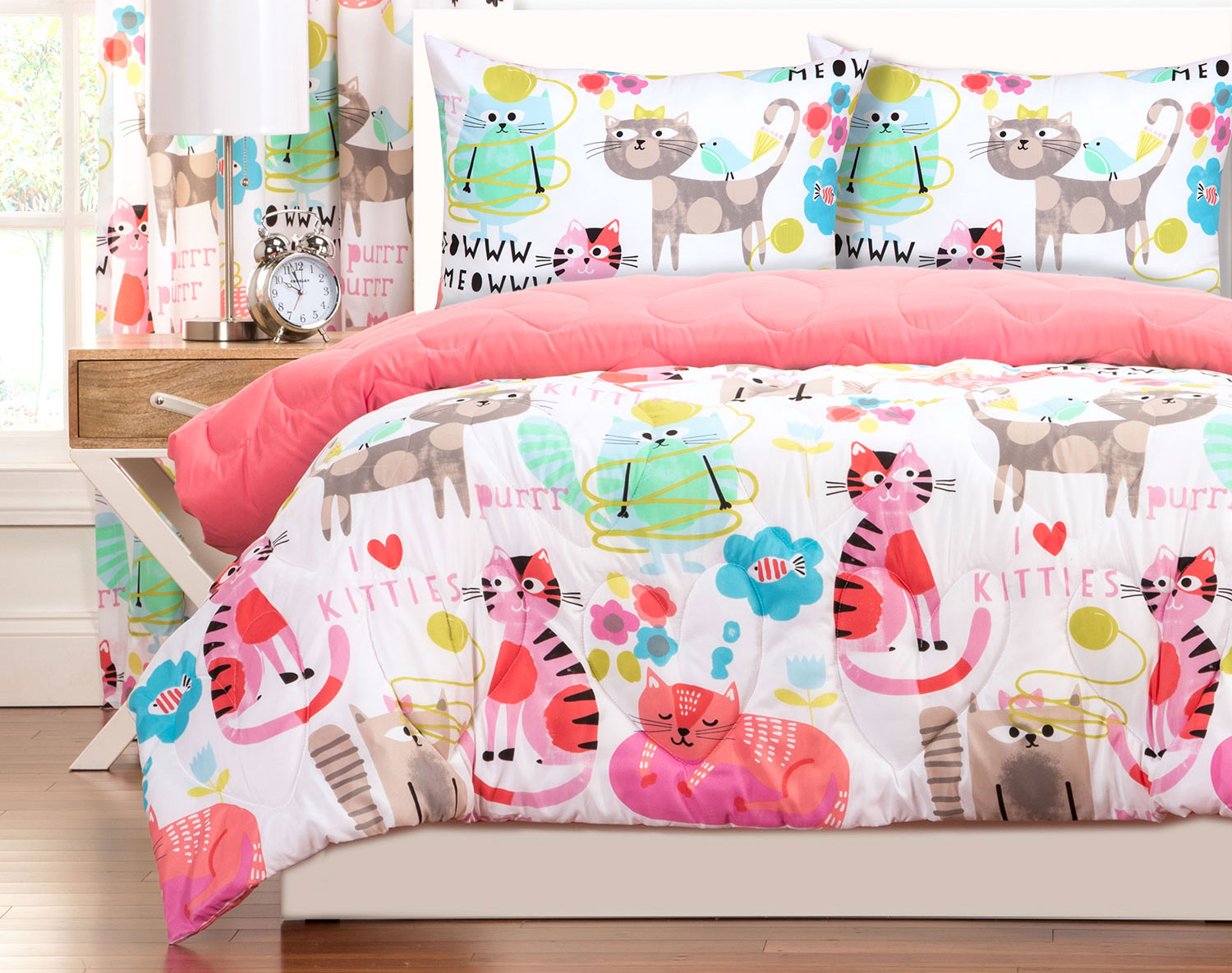 The Purrty Cat Bedding Collection