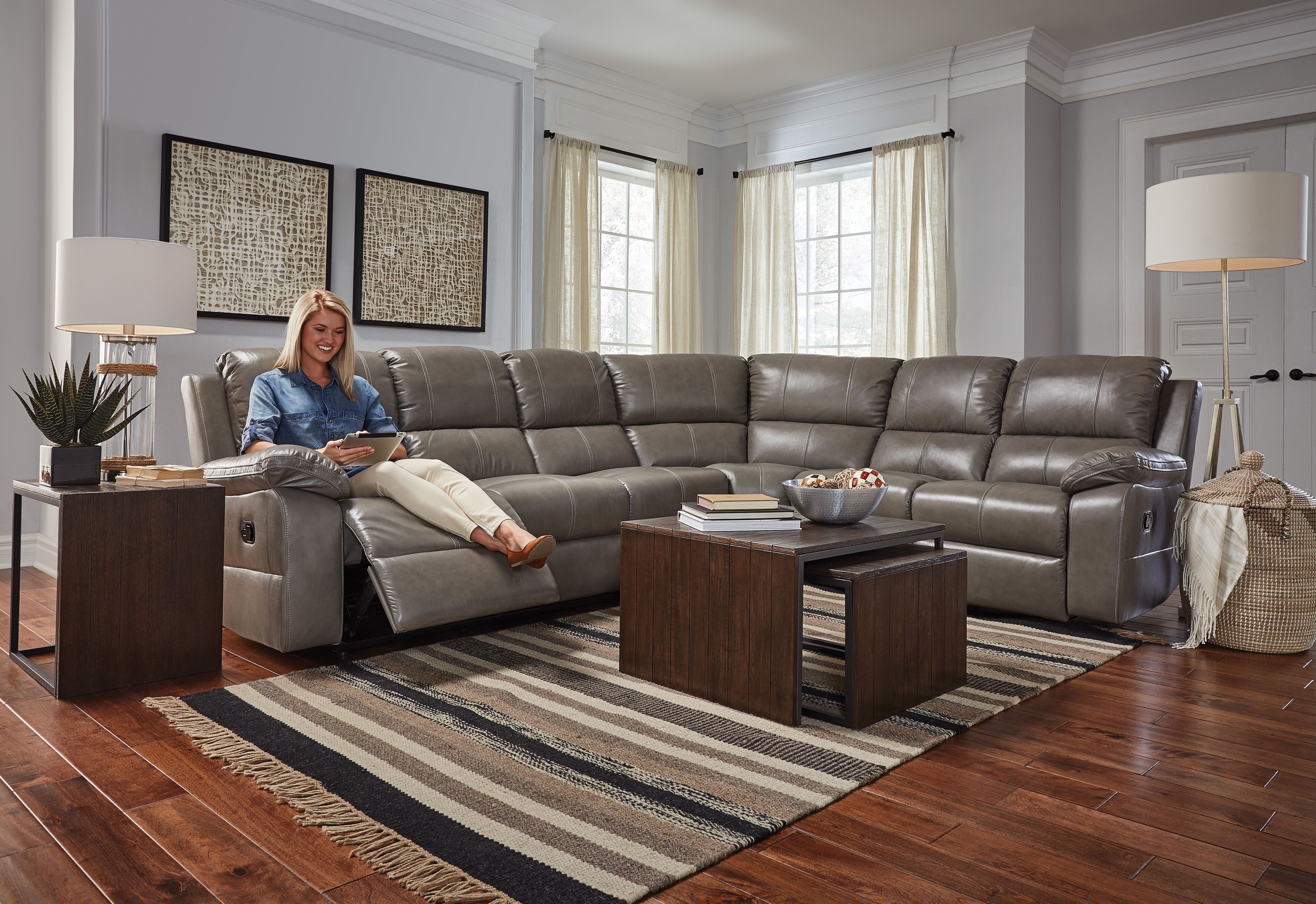 Chelsea 4 Piece Reclining Leather Sectional - Gray