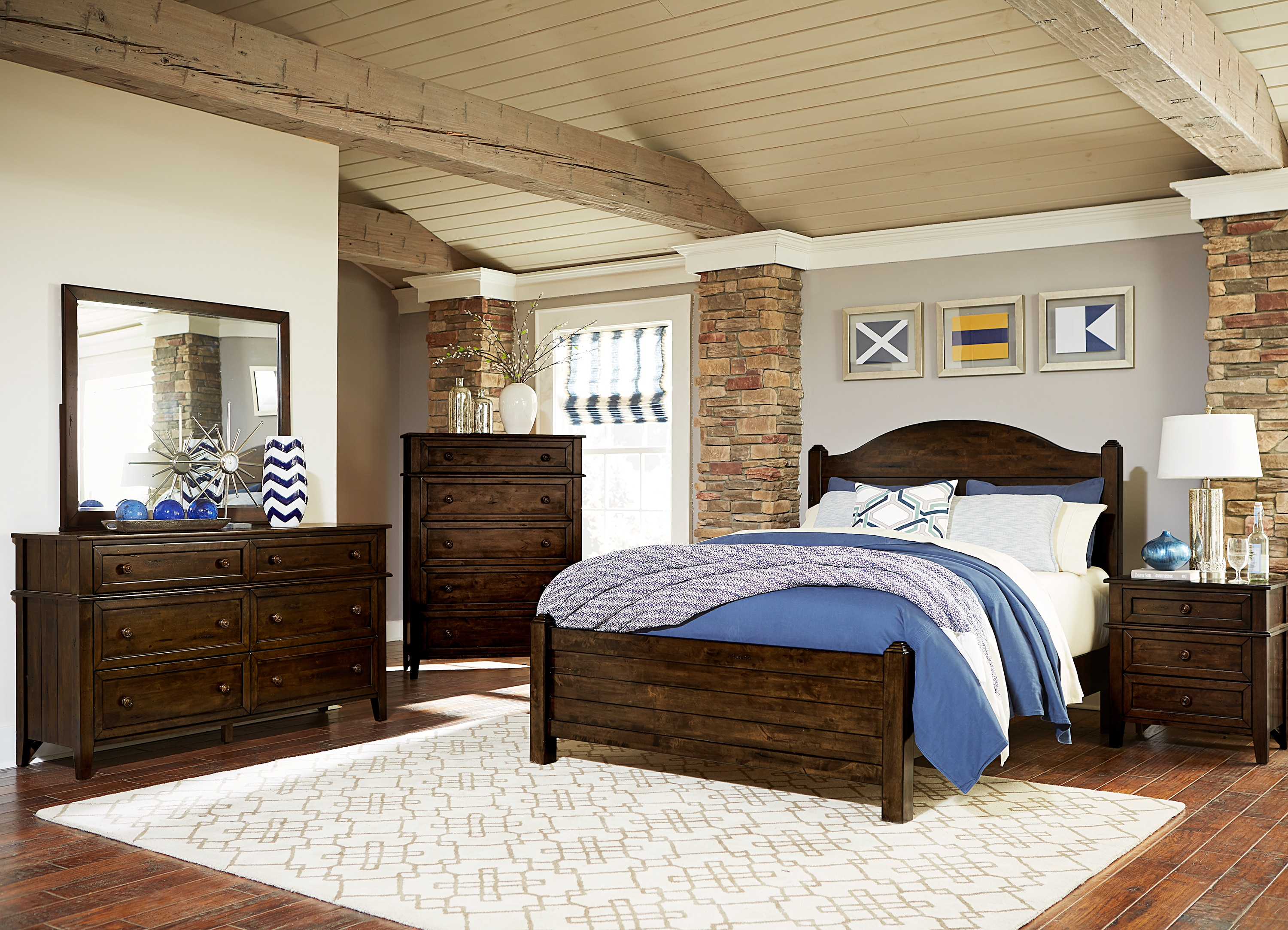 Hawthorn 4-Piece Queen Bedroom Set - Oak