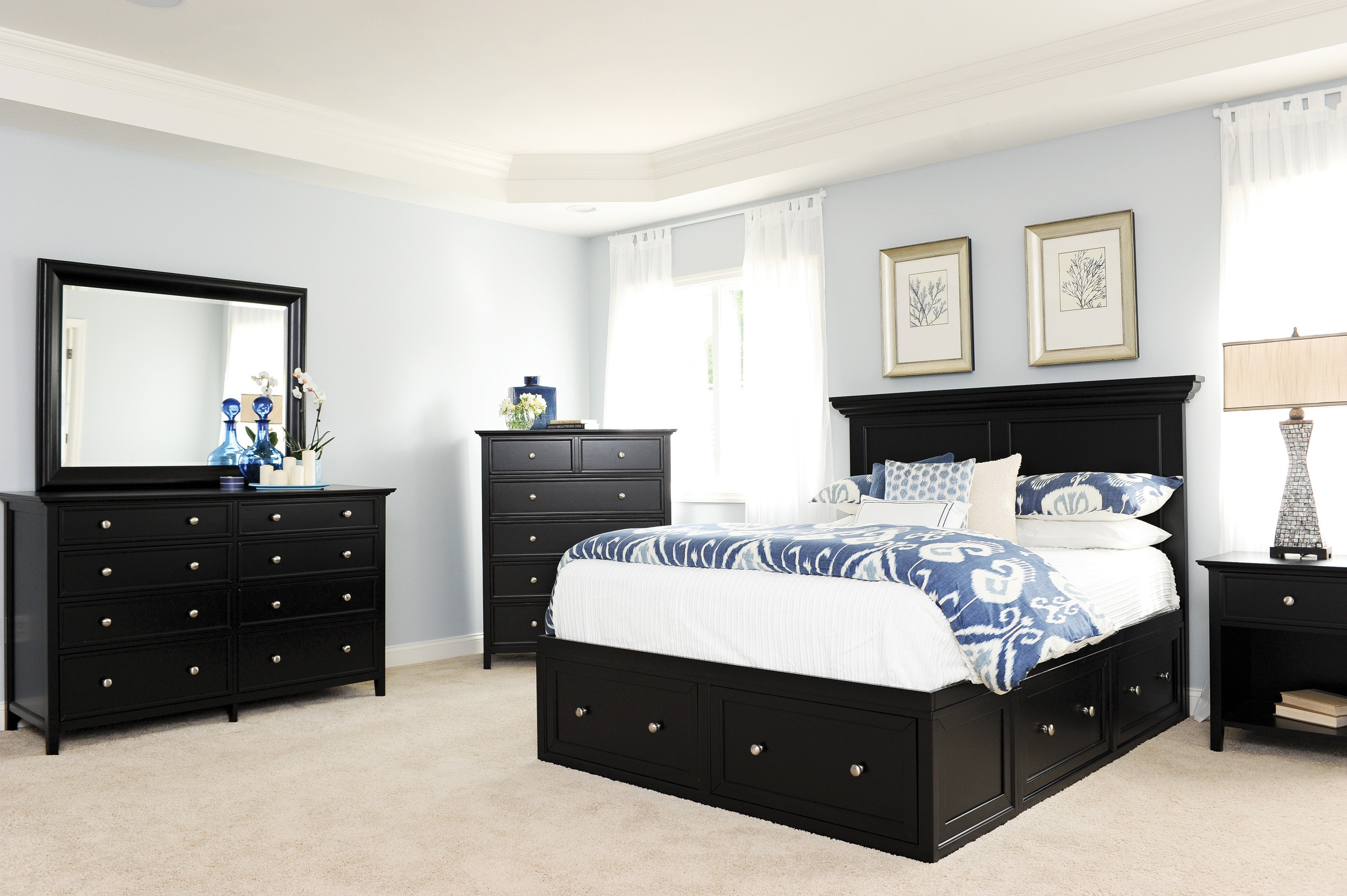 Ellsworth 4-Piece Queen Storage Bedroom Set - Black