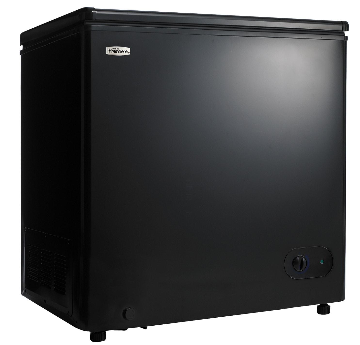 danby black chest freezer 5 5 cu ft dcf055a1bp leon 39 s. Black Bedroom Furniture Sets. Home Design Ideas