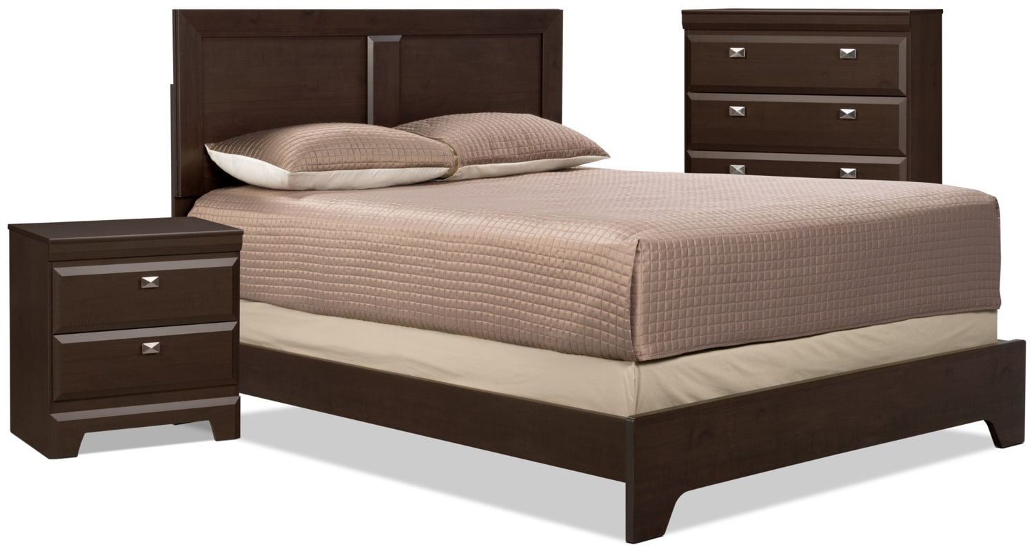 Yorkdale 5-Piece Queen Bedroom Package with Chest and Nightstand