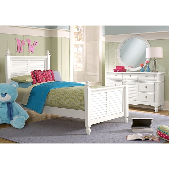 Seaside White 5 Pc. Twin Bedroom