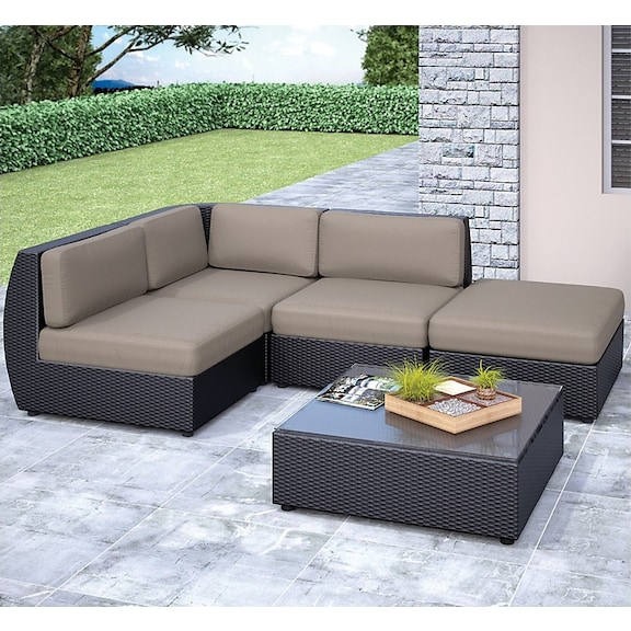 Outdoor furniture seattle sectional and table set for Furniture pick up seattle